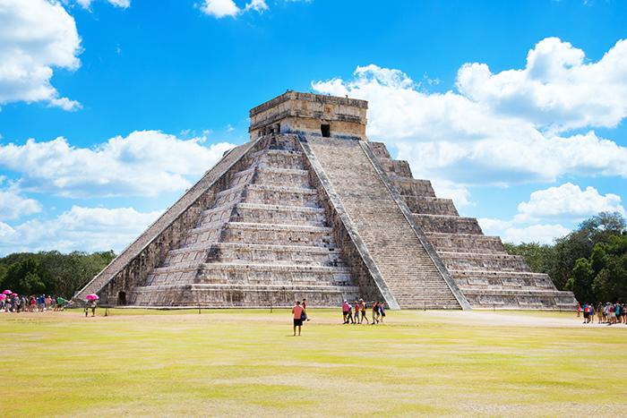 マヤのピラミッド